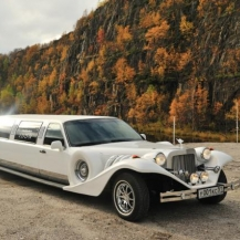 Лимузин Lincoln Excalibur Phantom